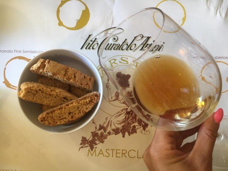 Marsala + cantucci